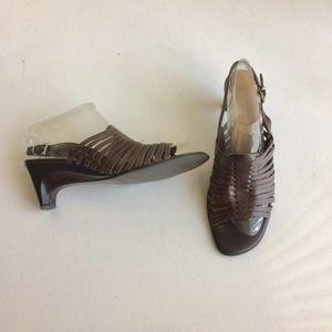 Naturalizer Huaraches Sandals Brown Heels Size 1